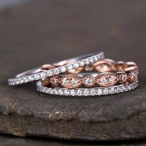 🔥JUST IN🔥SET OF 3 DAINTY SIMULATED DIAMOND RINGS